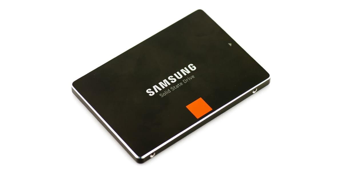 Samsung dysk SSD 840 PRO wierzch