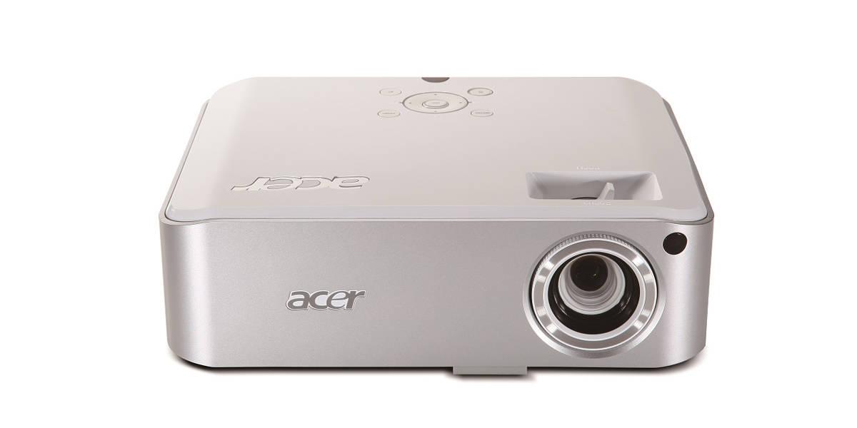 projektor Acer H7532BD front