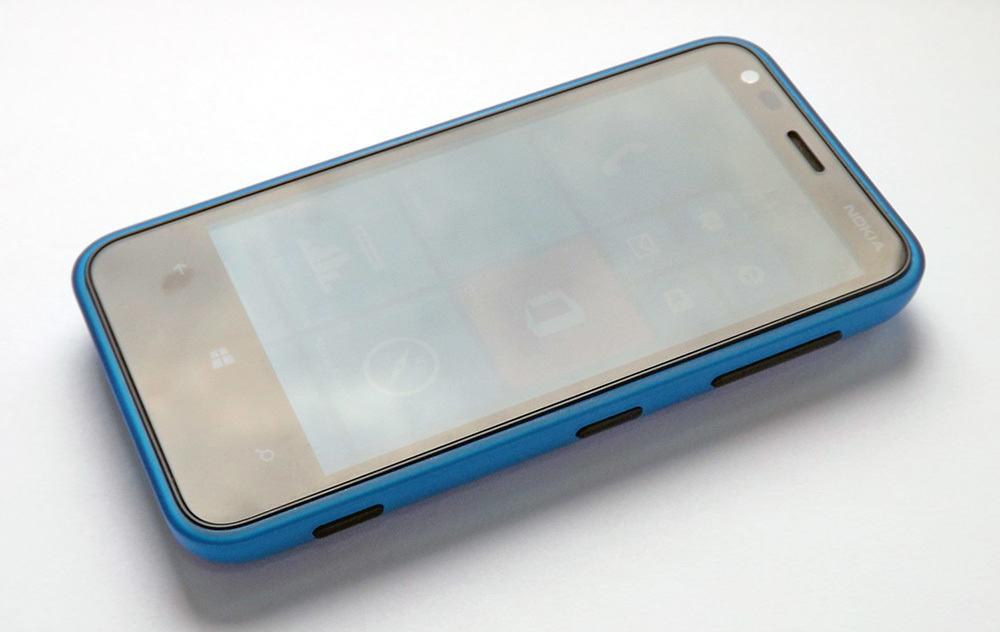 Nokia Lumia 620 (4)