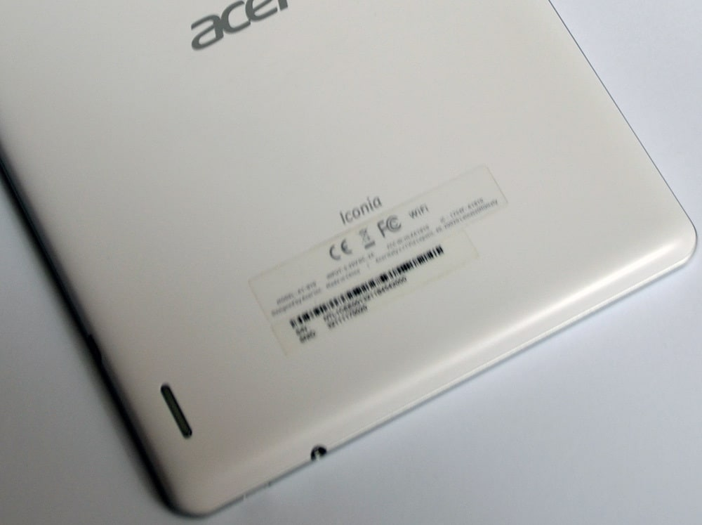Acer Iconia A1 tyl