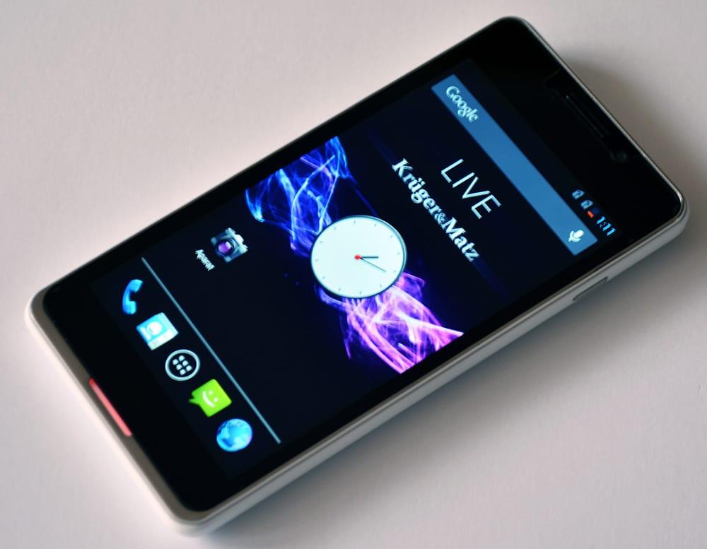 Kruger&Matz Live tani smartfon Android