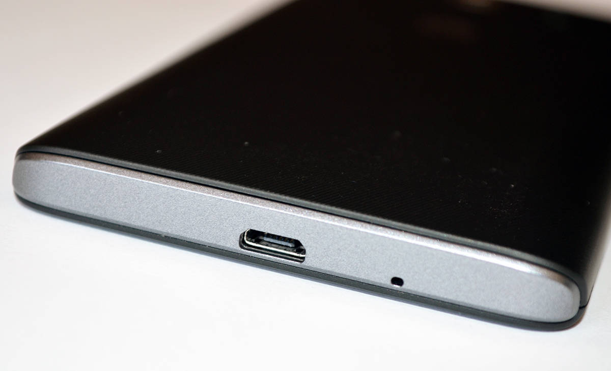 Huawei Ascend Y530 MicroUSB